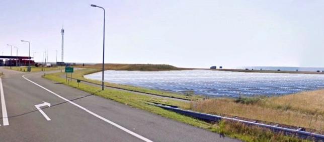Impressie zonnepanelen op de Afsluitdijk